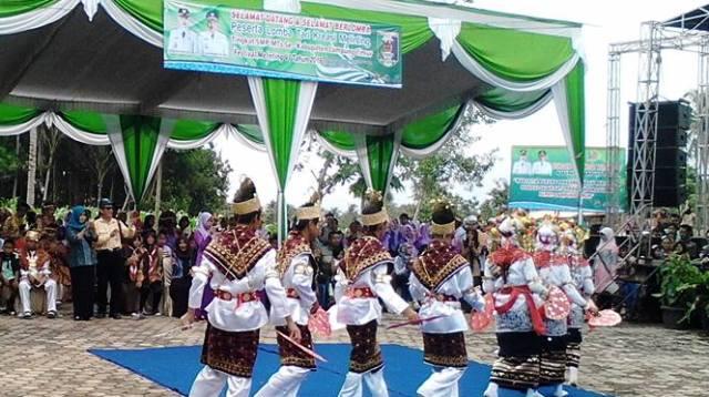 Bupati Lampung Timur Pastikan Tari Melinting Dikenal Hingga Mancanegara