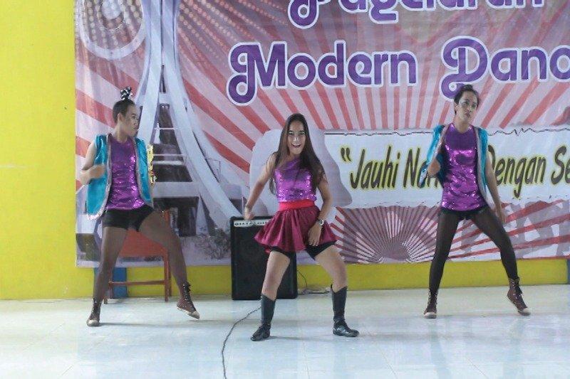 "Forum Metro Dalam Berita (FMDB) Sukses Adakan Pagelaran Modern Dance ""Jauhi Narkoba Dengan Seni"""
