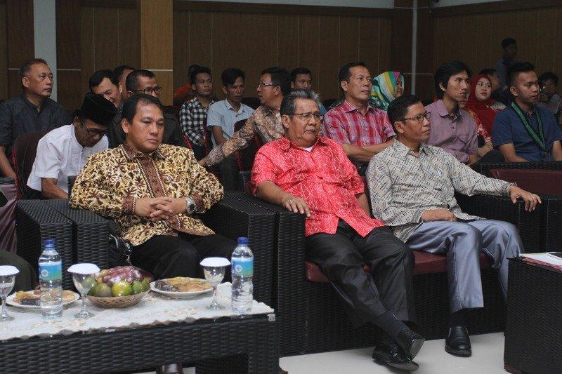 dr. Wahdi, Pengurai Kebuntuan KAHMI Kota Metro