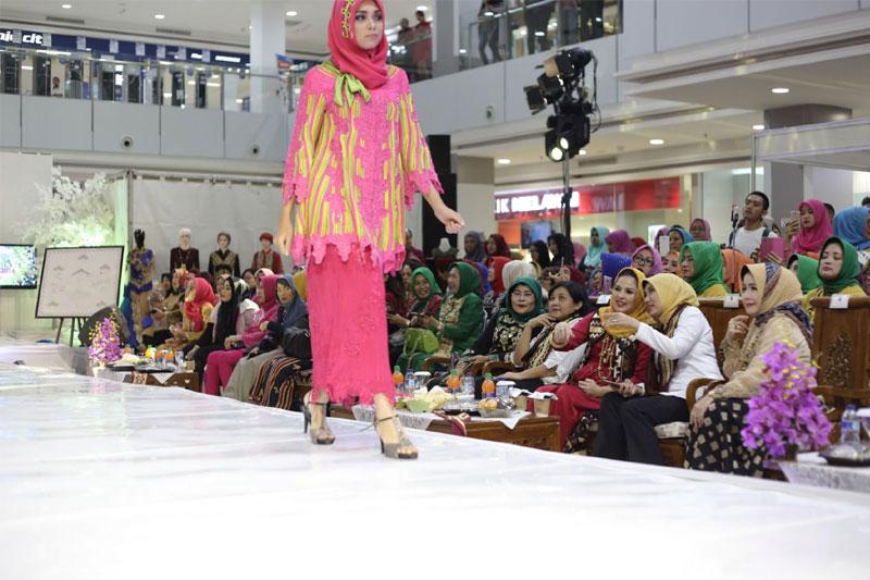 32 Desainer Meriahkan Lampung Fashion Week 2016