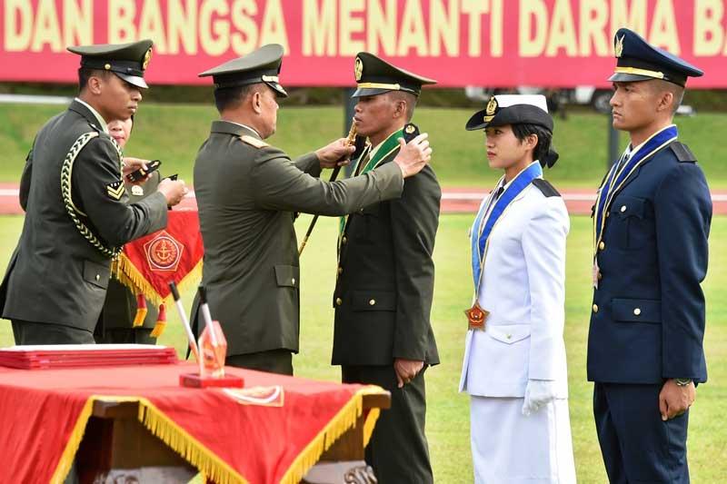 Panglima TNI Pegang Teguh Sifat Ksatria dalam Meraih Karier Militer 02