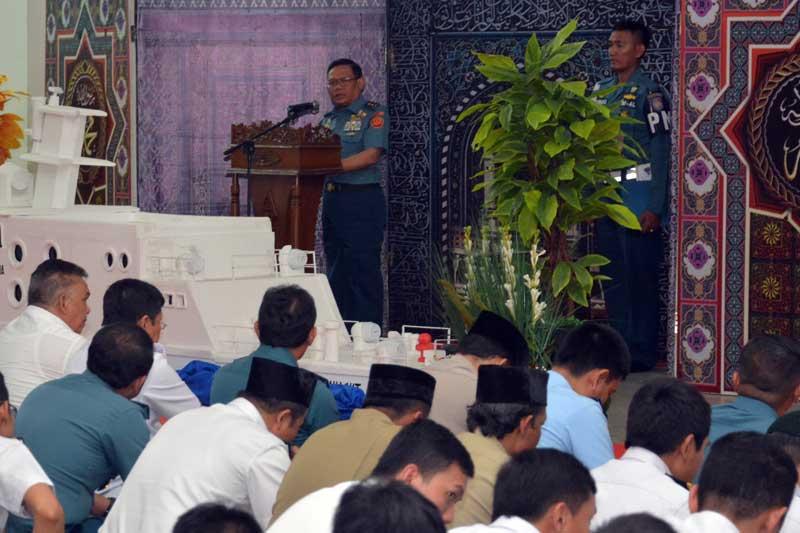 Dengan Maulid Nabi 1438 H, Personel Bakamla RI Siap Teladani Akhlak Rasullullah SAW 01