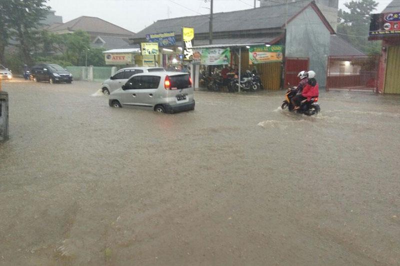 Lagi-lagi, Sejumlah Wilayah Di Kota Metro Terendam Air