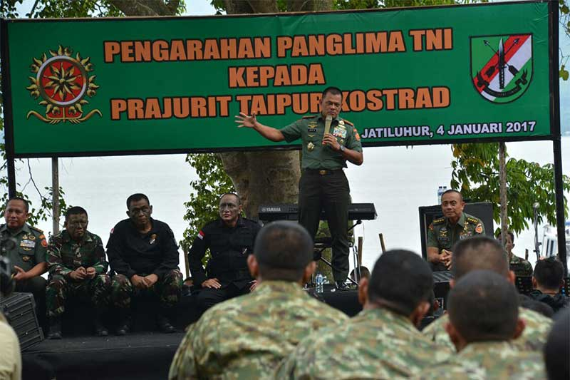 Perwira Tinggi TNI Terima Brevet Kehormatan Taipur