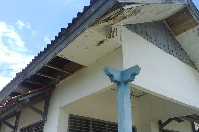 Kantor Kelurahan Yosomulyo Butuh Perbaikan