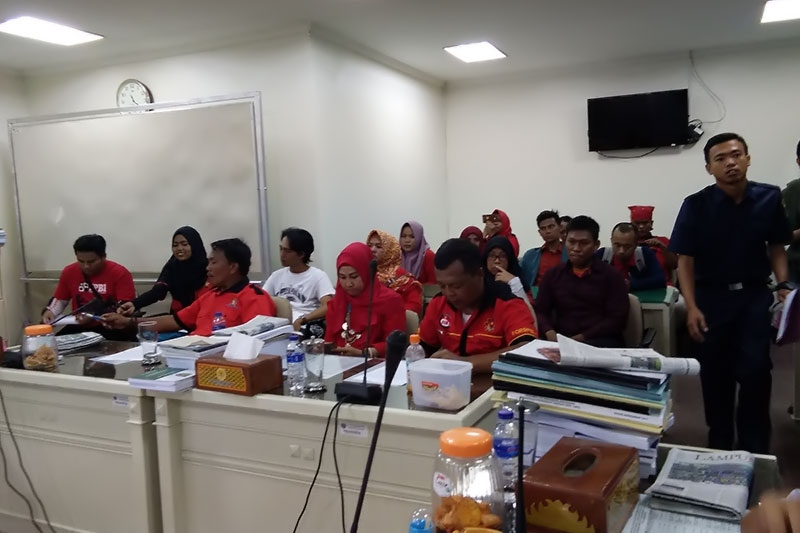 Peserta Aksi PPRL Diterima Mediasi Oleh Komisi V DPRD Provinsi Lampung