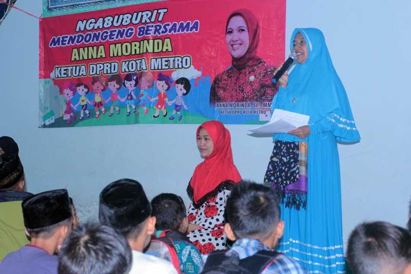 Rangsang Budaya Membaca Pada Anak, Anna Morinda Ngabuburit Baca Dongeng 03