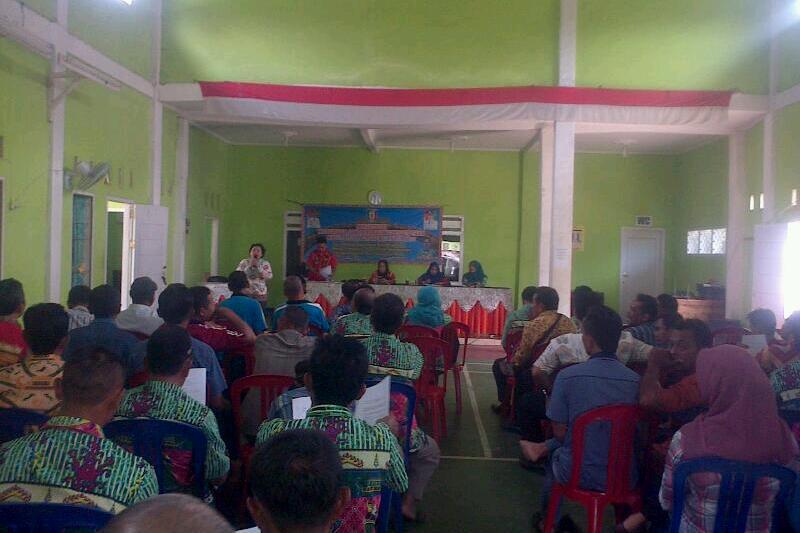 Kegiatan Sosialisasi Kebijakan Administrasi Kependudukan di Balai Pekon Pandansurat Kec.Sukoharjo Kab. Pringsewu. Foto : Sebatin.com.