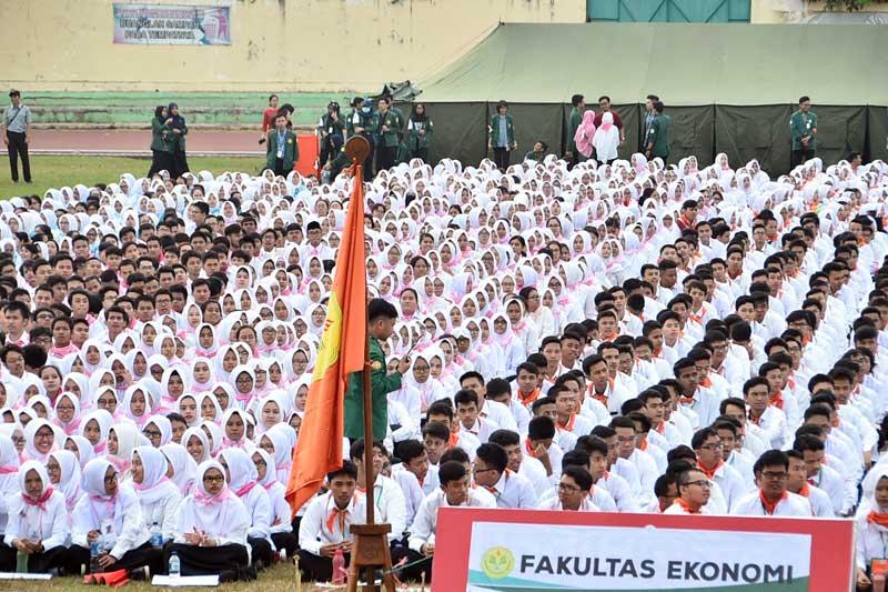 Kasum TNI : Mahasiswa Indonesia Harus Tingkatkan Wawasan Kebangsaan dan Bela Negara 02