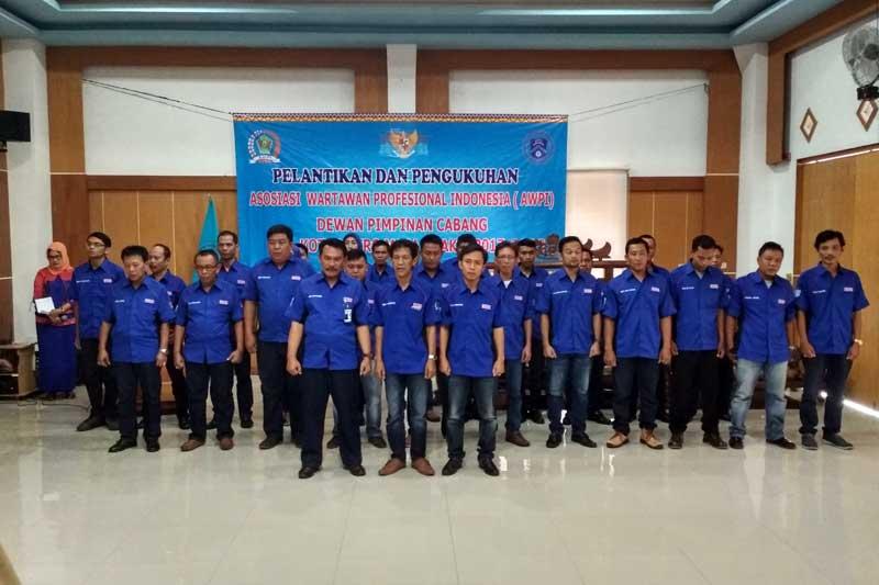 Verry Sudarto Resmi di Kukuhkan Sebagai Ketua DPC AWPI Kota Metro Periode 2017-2022 01
