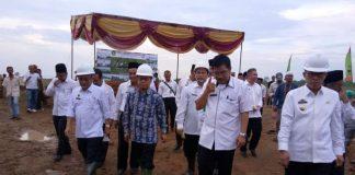 Wakil-Bupati-Lampung-Timur-Letakkan-Batu-Pertama-Pada-Pembangunan-MAN-IC-01