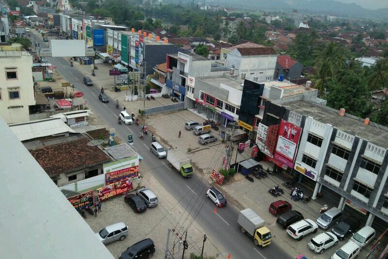 Pemkab Pringsewu Bangun Duan Jalur Tugu Gajah Pasar Induk01