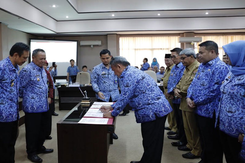 Pemda-se-Lampung-Teken-Kerja-Sama-Pelaksanaan-Program-Penanggulangan-Kemiskinan02