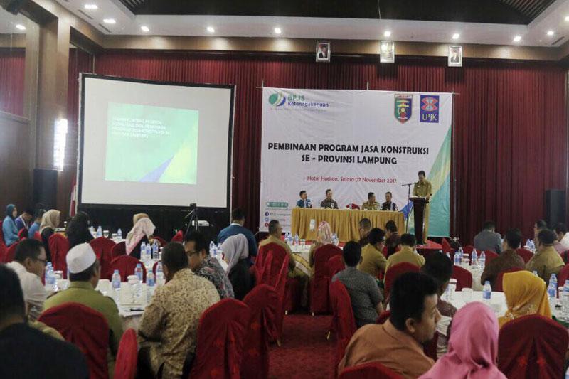 Pemprov-Lampung-Sepakat-Tingkatkan-Perlindungan-Terhadap-Tenaga-Kerja-Konstruksi