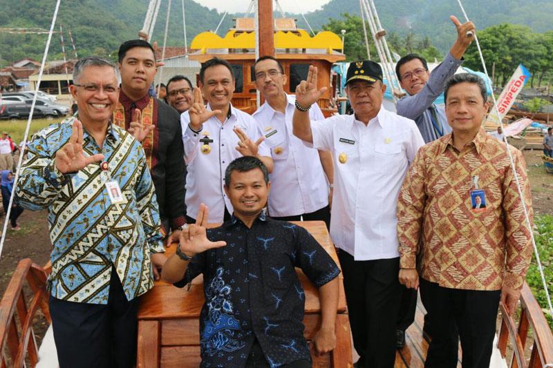 Kapal-Wisata-Samudra-Krakatau,-Resmi-Berlayar-di-Perairan-Pulau-Pahawang--02