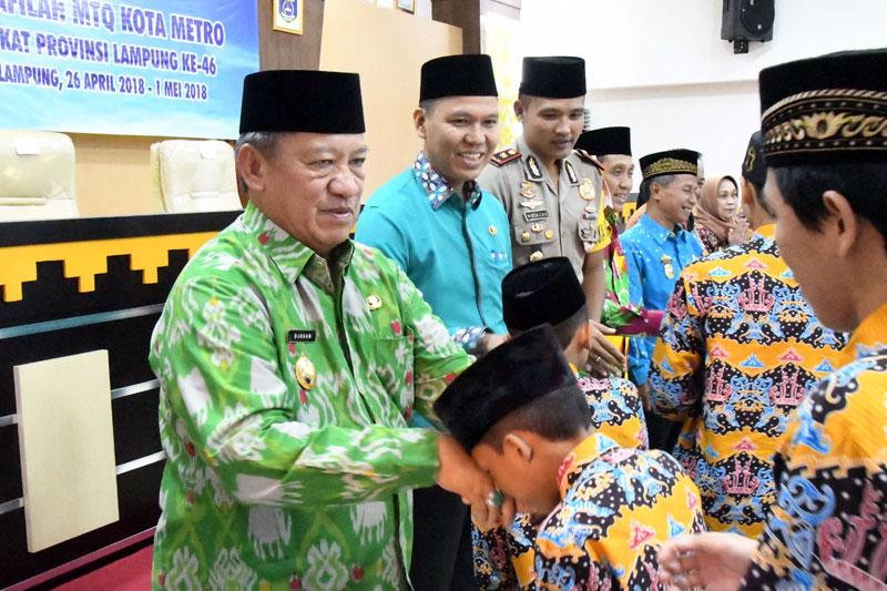 Djohan-Lepas-32-Kafilah-Metro-Ke-Ajang-MTQ-Ke-46-Tingkat-Provinsi-Lampung-01