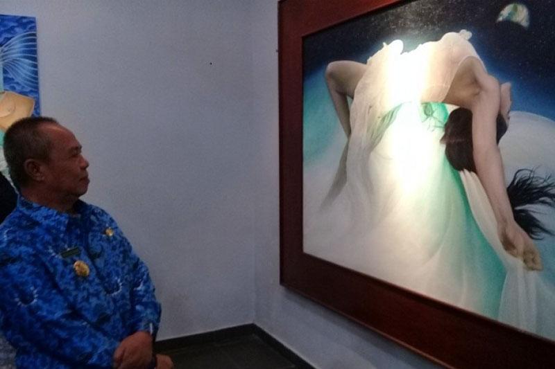 Buka-Pameran-Lukisan,-Wagub-Lampung-Upayakan-Ruang-Berkarya-Bagi-Seniman-Lampung