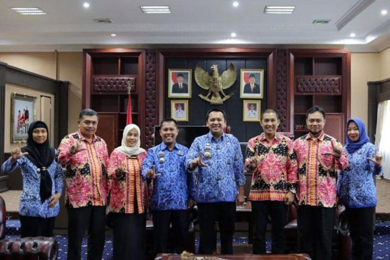 Gubernur-Lampung-Peran-KPID-Penting-Dalam-Mencerdasakan-Masyarakat-dan-Menjaga-Keutuhan-Bangsa,-Maka-Harus-Optimal