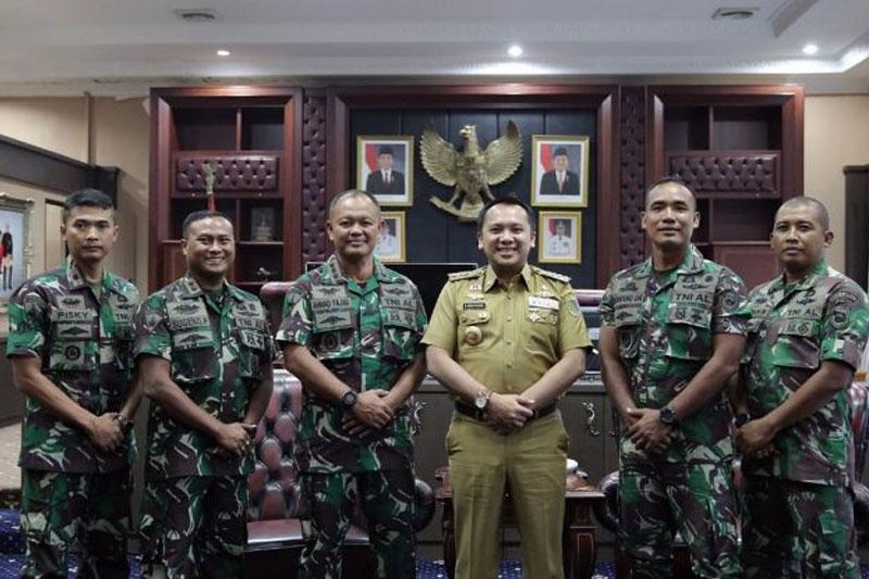 Tingkatkan-Sinergitas-dengan-Brigif-4-Marinir,-Gubernur-Ridho-Siap-Dukung-Festival-Selat-Kelagian-2019