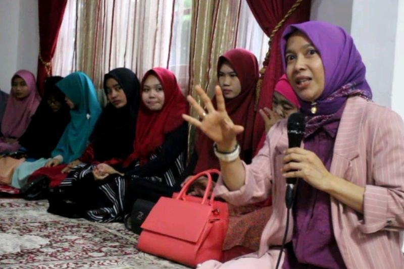 Isi Kegiatan Ramadhan 1440 H, Ketua DPRD Metro Saring Aspirasi Generasi Millenial Lewat Pengajian 01