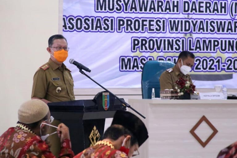 Gubernur Lampung Dorong Widyaiswara Jadi Garda Terdepan Wujudkan ASN Unggul 01