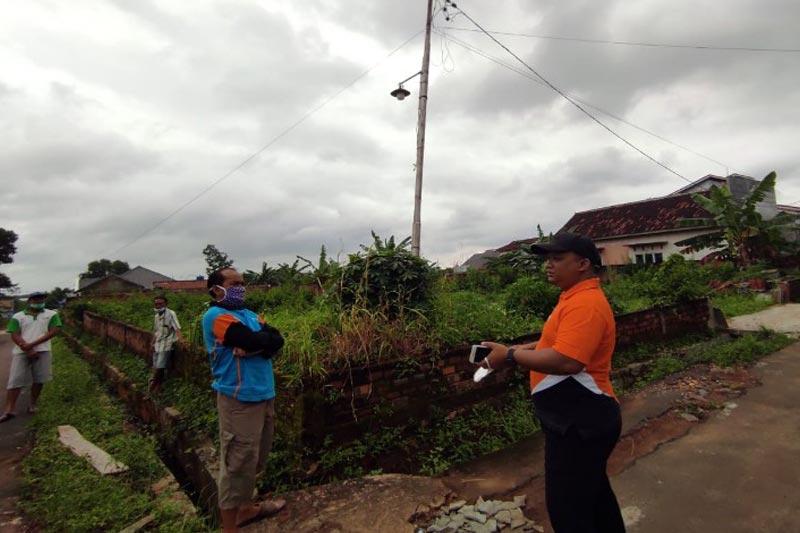 Terima Laporan Masyarakat, Agus Djumadi Lakukan Inspeksi Permasalahan Kabel Listrik dan Drainase Ambrol